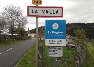 label-commune-fibree®-la-valla-sur-rochefort